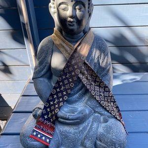 Louis Vuitton scarf bandeau
